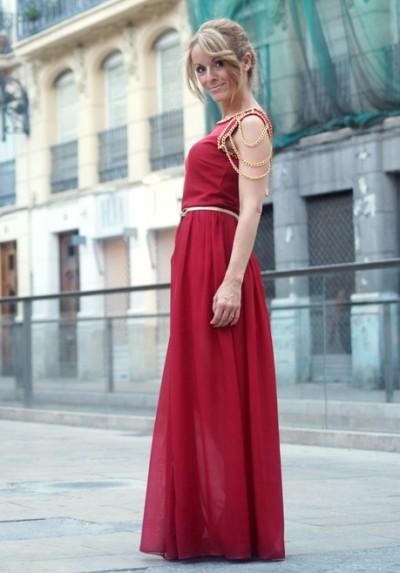 21755588540a Pokud jsou večerní šaty vyrobeny v ušlechtilém odstínu čajové růže nebo  jiných prašných růžových nebo béžově růžových barev